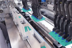 With the BLM cartoner, Theegarten-Pactec can also supply the right machine for secondary packaging in cartons. It is specially designed to fit perfectly with a primary packaging machine in the high-performance range. Photo Theegarten-Pactec
