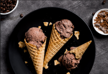 Pizza Hut is offering Kwality Wall's ice-cream and desserts with pizzas, Photo by Unsplash